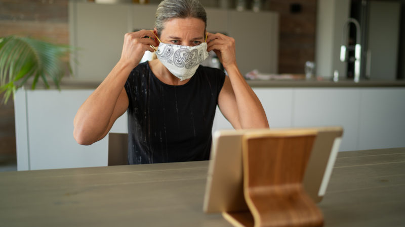 Mask Use by Americans Now Tops 90%, Poll Finds