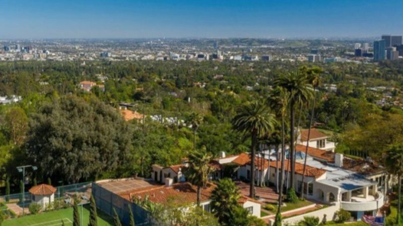 LeBron James Buys Beverly Hills Mansion for $36 Mil from Soap Opera Legend