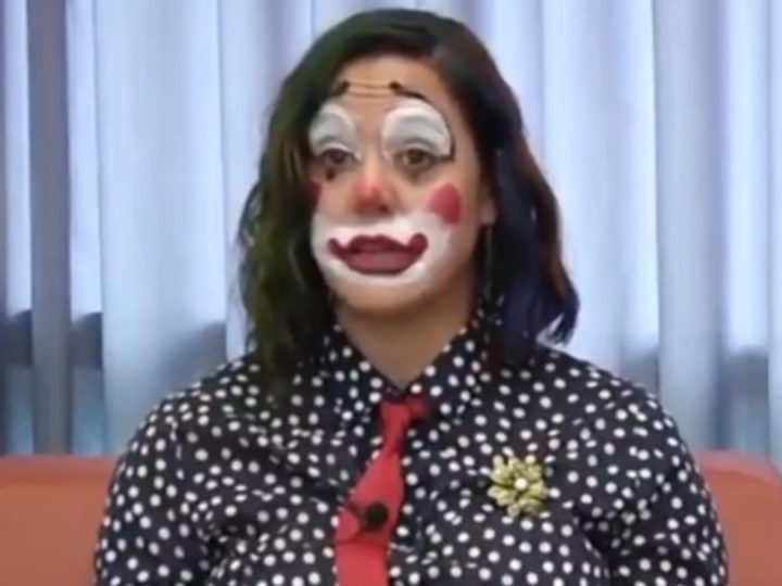 Oregon Health Official Dresses as Clown While Announcing COVID Death Toll