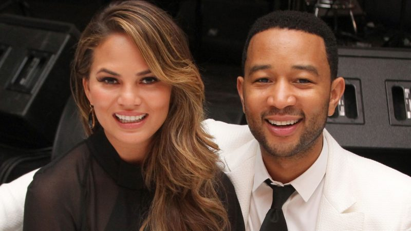 Chrissy Teigen – Celebnetworth.net