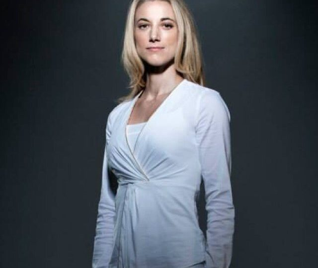 Zoie Palmer Net Worth, Bio, Wiki, Age, Height, Zodiac, Relationships & Filmography
