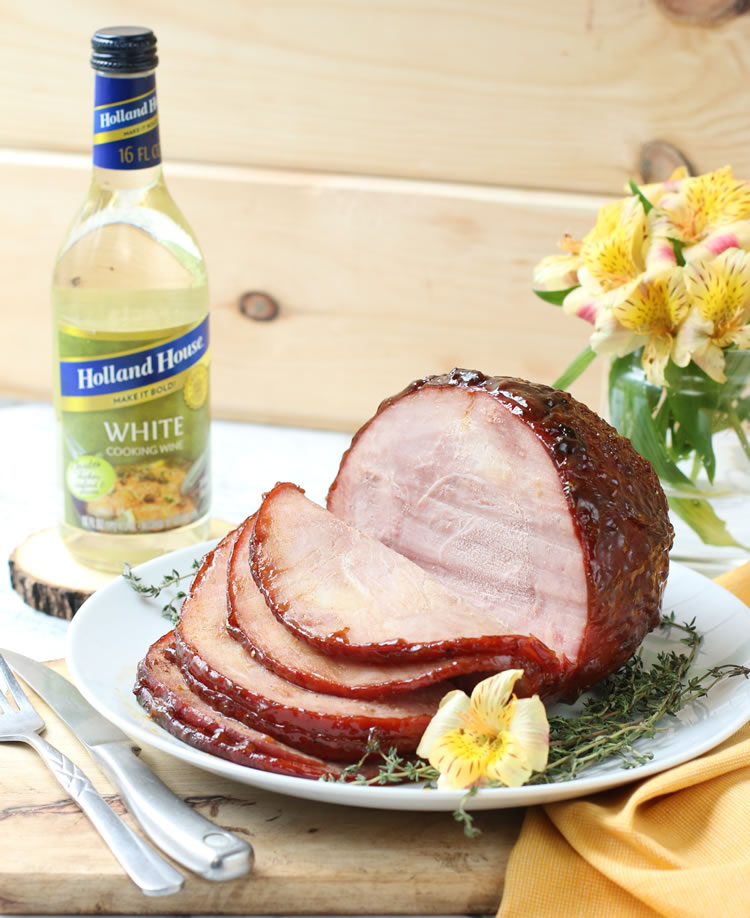 Easter ham recipe: glazed ham with peaches, honey and thyme wine