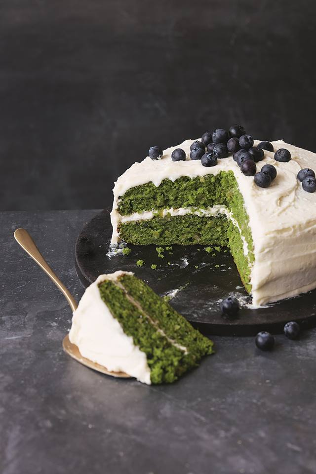 Naturally Green: Kale Apple Cake with Apple Frosting